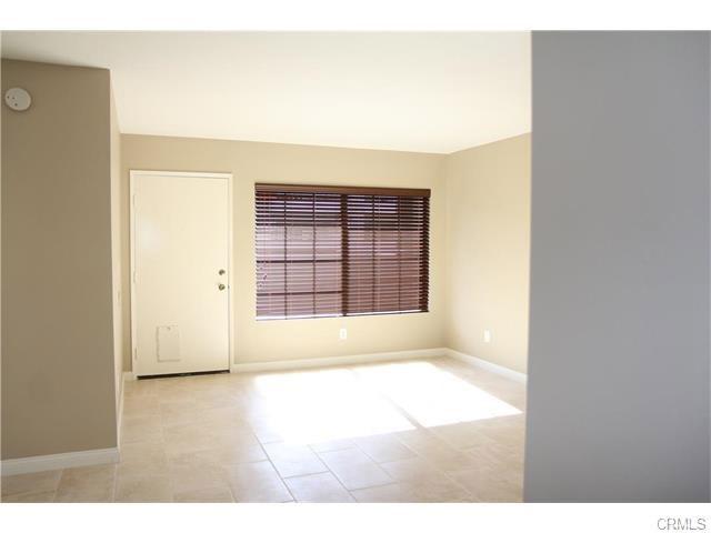 3087 W Cheryllyn Ln, Anaheim, CA 92804 Photo 2