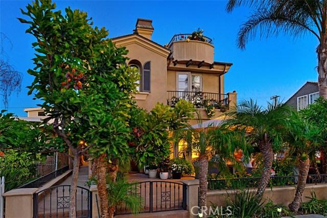608 1/2 Begonia Avenue, Corona del Mar CA: http://media.crmls.org/medias/e714c789-cf7c-4a49-baca-e6bfdbd858b0.jpg