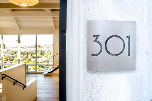 301 Avenida Atezada, Redondo Beach CA: http://media.crmls.org/medias/e72229d0-c22f-4d38-b5b0-5b4825c1ce73.jpg