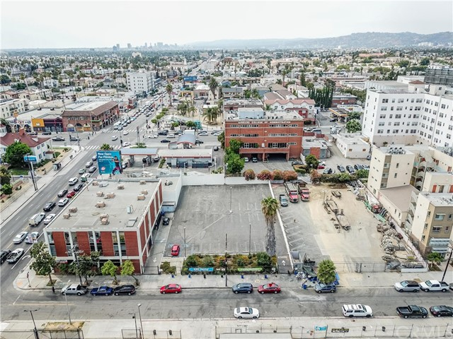 3755 Beverly Bl, Los Angeles, CA 90004 Photo 3