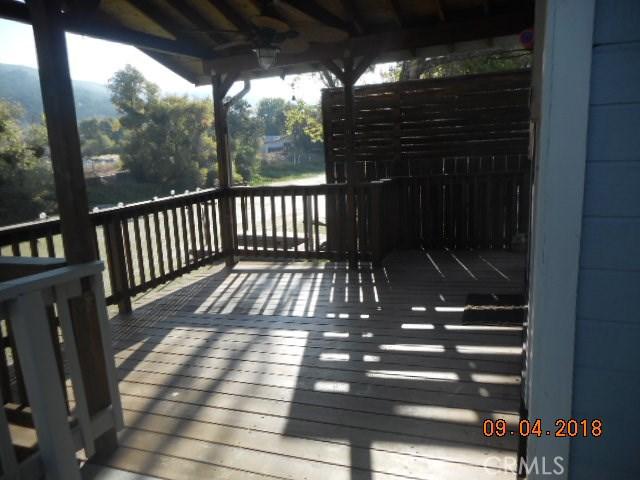 13394 Anchor, Clearlake Oaks CA: http://media.crmls.org/medias/e747ef37-224f-4ec4-ad63-91de85a1021f.jpg