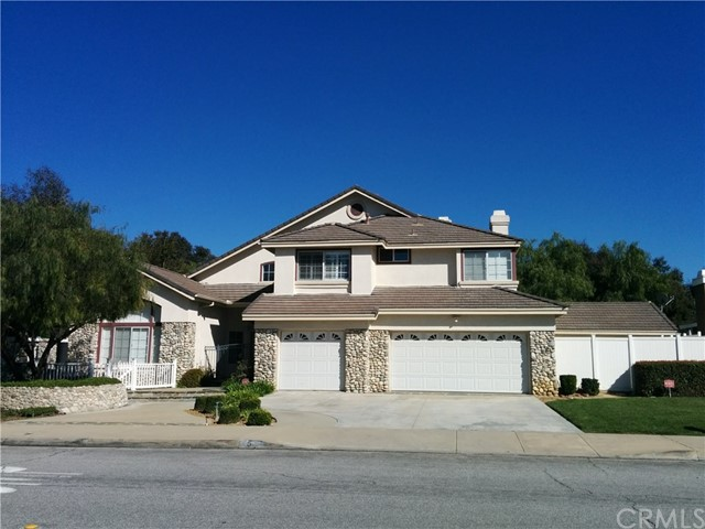 5 La Sierra Dr, Phillips Ranch, CA 91766
