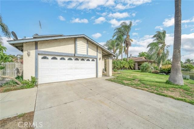 725 S Lassen Avenue, San Bernardino CA: http://media.crmls.org/medias/e7687c80-37a5-427c-8fd2-317099c4be31.jpg