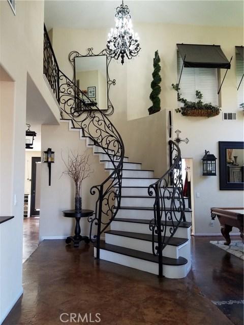 1324 Garten Drive, Placentia CA: http://media.crmls.org/medias/e76cc5d3-ee06-41f7-8f22-53baabed3ea1.jpg