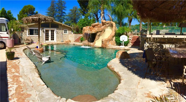 4843   Ocean View Boulev   , CA 91011 is listed for sale as MLS Listing CV15173231