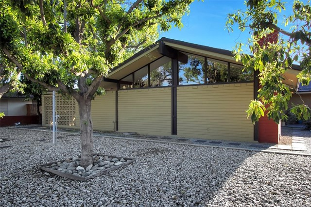 Single Family Home for Sale at 5496 Pinehurst Drive Riverside, California 92504 United States