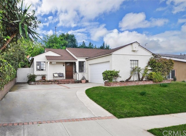 Photo of 23315 Shadycroft Avenue, Torrance, CA 90505