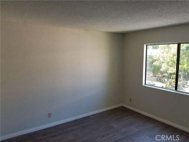 13075 Hubbard Street, Sylmar CA: http://media.crmls.org/medias/e797db90-f82c-466f-aca6-2bcc914cfbab.jpg