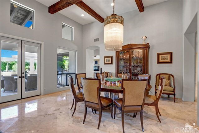 15 Villaggio Place, Rancho Mirage CA: http://media.crmls.org/medias/e79ff689-ed91-484c-9a43-1b8408f4770b.jpg