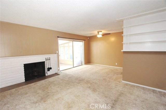 1543 E Brookdale Place, Fullerton CA: http://media.crmls.org/medias/e7a12294-7623-47f6-9a91-79a7f430b02e.jpg