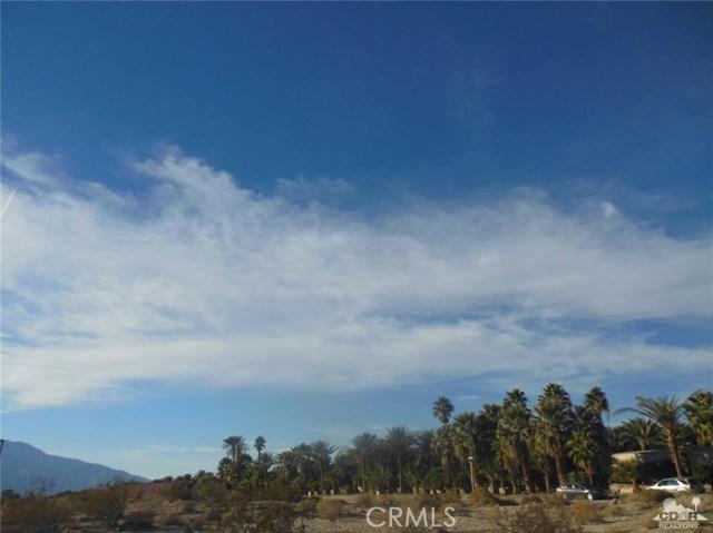 30075 Desert Moon Drive, Thousand Palms CA: http://media.crmls.org/medias/e7a269c6-6a47-43ce-bc82-0b61499c0e69.jpg