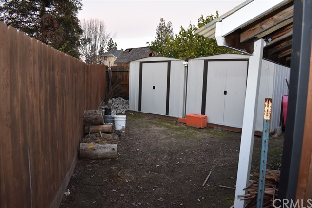 2655 Whittier Avenue, Clovis CA: http://media.crmls.org/medias/e7aac057-4833-45c1-9097-7d39fd4e14d2.jpg