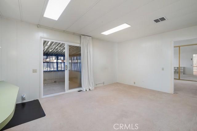 633 Ramona Avenue, Los Osos CA: http://media.crmls.org/medias/e7ac5d63-d8bc-44f9-9d0c-ec60be341d4b.jpg