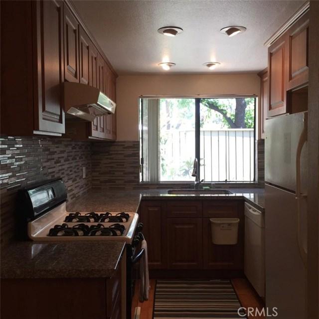 3862 Sycamore Street, West Covina CA: http://media.crmls.org/medias/e7ae119e-28dd-4769-9e01-30a8be5c4fa1.jpg