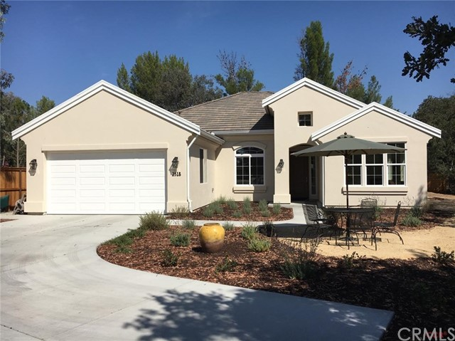 2318 Ashwood Place, Paso Robles, CA 93446