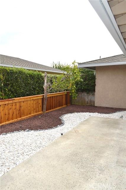 604 Via Pavon, San Clemente CA: http://media.crmls.org/medias/e7b343d2-89fc-49ee-b4b8-523dd36d0397.jpg
