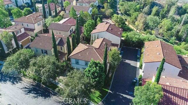 40 Gardenpath, Irvine CA: http://media.crmls.org/medias/e7b3de9b-03a2-48fa-8d4e-dfce9c4d07dc.jpg