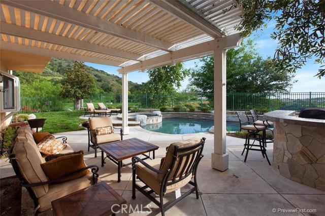Single Family Home for Sale at 67 Golf Ridge St Rancho Santa Margarita, California 92679 United States