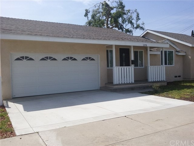 Single Family Home for Rent at 11976 206th Street Lakewood, California 90715 United States