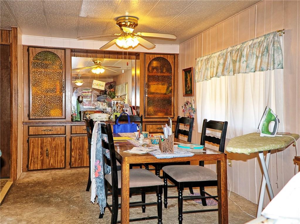 6331 Oak Avenue, Clearlake CA: http://media.crmls.org/medias/e7e1bfd2-b78e-4591-8fdc-a3a3c2a2a4f6.jpg