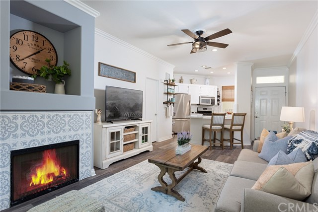Detail Gallery Image 1 of 30 For 113 White Sands, Trabuco Canyon,  CA 92679 - 2 Beds | 1/1 Baths