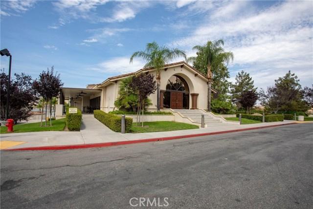 21815 Strawberry Lane, Canyon Lake CA: http://media.crmls.org/medias/e81b9bcc-4571-48d1-aa8e-9e4d93021d4c.jpg