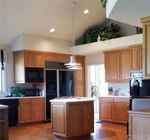 1902 Lemon Heights Drive, North Tustin CA: http://media.crmls.org/medias/e8261fe7-977b-4dd3-b968-ec69ff79cb24.jpg