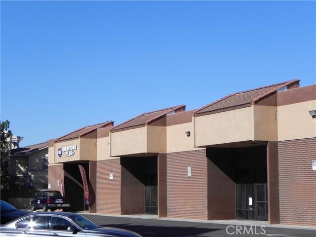 13840 Paramount Boulevard, Paramount CA: http://media.crmls.org/medias/e8429eba-d7d4-4105-88b7-f14089fe23f4.jpg
