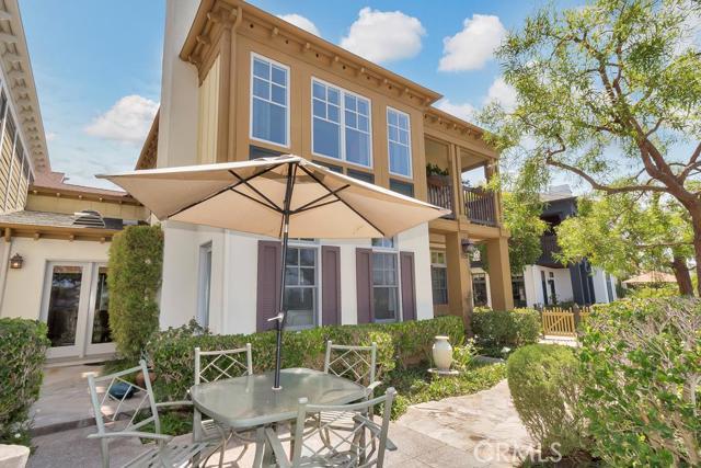 Condominium for Sale at 2519 Bungalow St # 4 Corona Del Mar, California 92625 United States