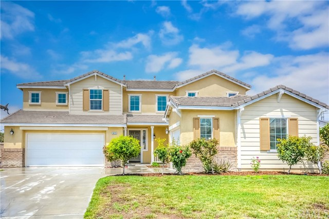 5879 Pinegrove Place, Eastvale, CA 92880