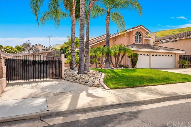 Single Family Home for Sale at 11646 Dellwood Drive Riverside, California 92503 United States