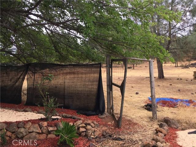 16496 Hacienda Court, Hidden Valley Lake CA: http://media.crmls.org/medias/e8547620-ff32-4394-9a47-4bf30fc08816.jpg