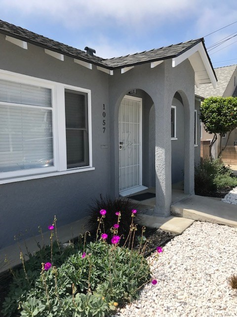 1057 7th, San Pedro, California 90731, 2 Bedrooms Bedrooms, ,1 BathroomBathrooms,Apartment,For Lease,7th,PW19117589