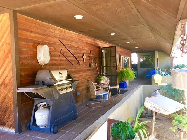25571 El Toro Road Lake Elsinore, CA 92532 - MLS #: IV17213146
