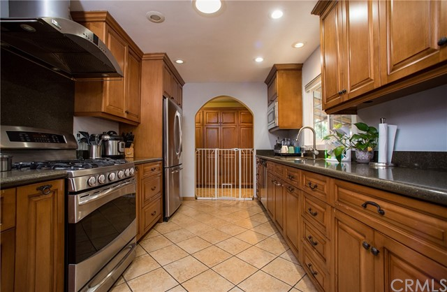 11604 Kibbee Avenue, Whittier CA: http://media.crmls.org/medias/e865add4-03b6-44ed-a59e-07cb17406b1f.jpg