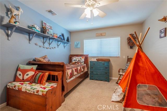 714 Ardmore Avenue, Redlands CA: http://media.crmls.org/medias/e86dc3aa-906f-466b-af60-0d5b2e2764d4.jpg
