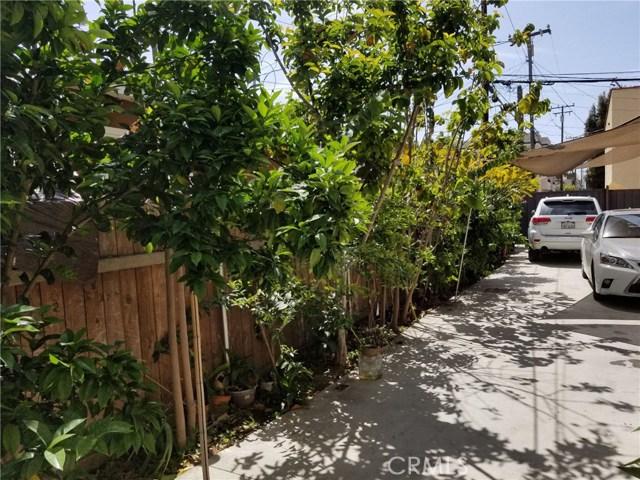 1818 E 10th Street, Long Beach CA: http://media.crmls.org/medias/e87a06a1-9deb-430d-9f5d-13791634f280.jpg