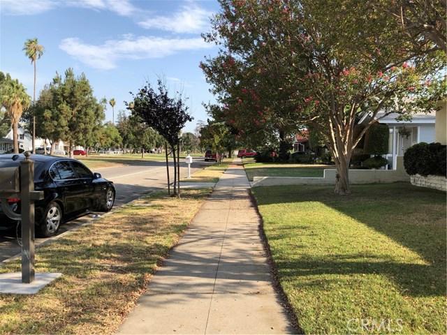 3390 N Mountain View Avenue, San Bernardino CA: http://media.crmls.org/medias/e87bbba4-c887-4f36-bdaf-aa67a6797eb8.jpg