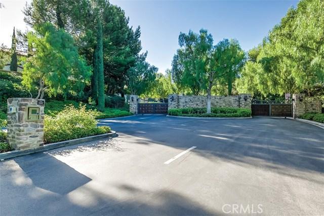 40 Gardenpath, Irvine CA: http://media.crmls.org/medias/e87be002-abba-482e-ab47-82fafd34c60b.jpg