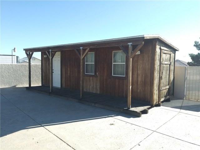 8462 Mesa Linda Street, Oak Hills CA: http://media.crmls.org/medias/e88de4a5-920f-4077-bd0e-e793cb2369a1.jpg