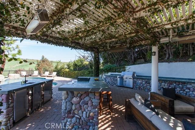 27972 Golden Ridge Lane, San Juan Capistrano CA: http://media.crmls.org/medias/e88df5cc-9e7e-4b7c-b891-0b685e696054.jpg