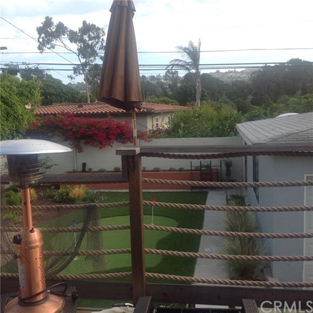 238 Calle De Madrid, Redondo Beach CA: http://media.crmls.org/medias/e89b9a7d-9779-4d4c-9d90-97f60c358f78.jpg