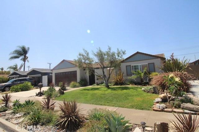 5532 Tangiers Drive, Huntington Beach CA: http://media.crmls.org/medias/e8b2a5a8-271a-4cdc-904d-ebfc20b6f571.jpg