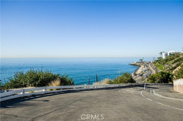17015 Pacific Coast Highway, Pacific Palisades CA: http://media.crmls.org/medias/e8b5f89b-c563-400b-b1ee-5655ac9fa299.jpg