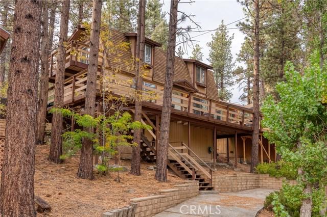 437 Gold Mountain Drive, Big Bear CA: http://media.crmls.org/medias/e8c56033-8371-4978-8da9-e8315c166c6b.jpg