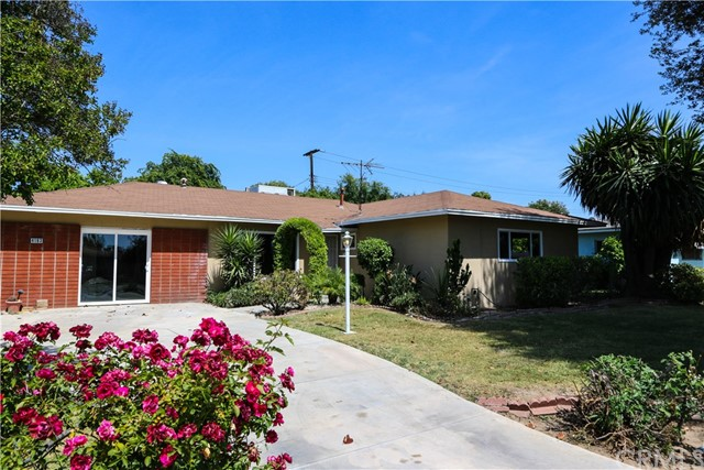 Single Family Home for Sale at 4193 Overland Street Riverside, California 92503 United States