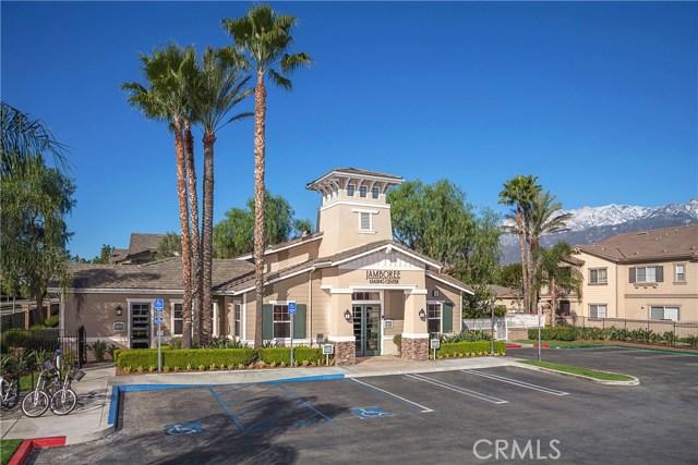 10950 Church Street, Rancho Cucamonga CA: http://media.crmls.org/medias/e8cad8d1-0795-4b61-ba37-68515101576d.jpg