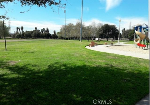 2255 Cota Av, Long Beach, CA 90810 Photo 32