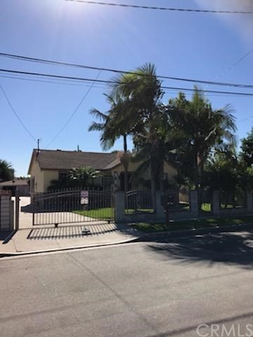 162 S 2nd Avenue, La Puente CA: http://media.crmls.org/medias/e8d3a5df-196f-4316-afe3-04abc3346948.jpg
