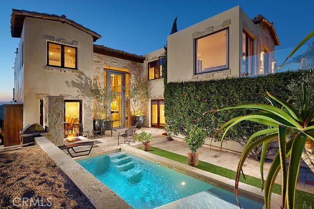 Single Family Home for Rent at 114 S La Senda 114 La Senda Laguna Beach, California 92651 United States